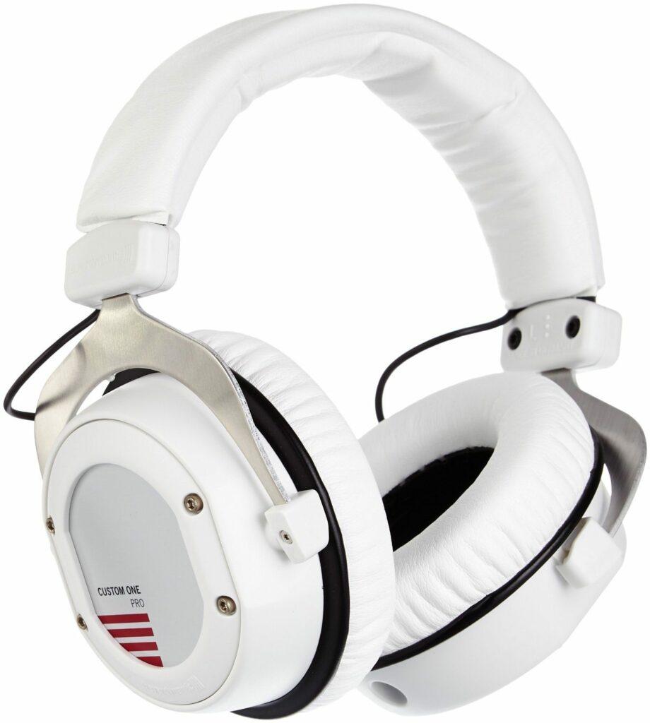 Beyerdynamic Custom One Pro - Auriculares de diadema cerrados, blanco